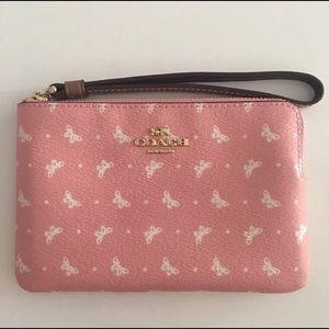 Coach Wristlet-New-Butterfly-Pink Color